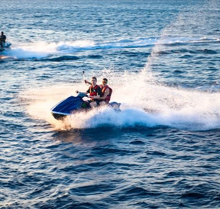 jet skiing water sports
