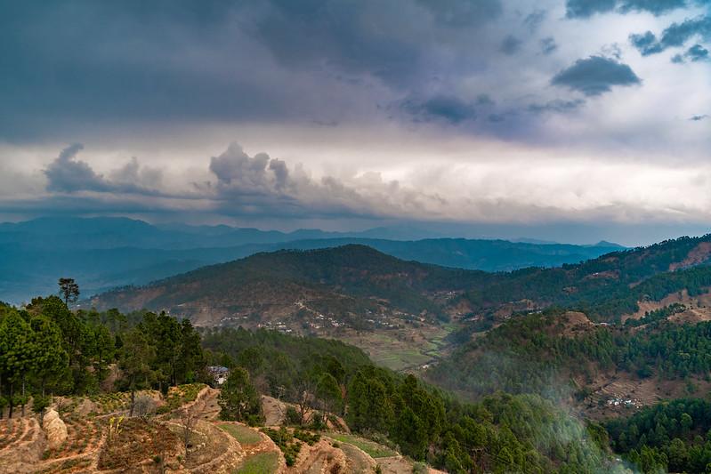Himalayan Peak View Kausani