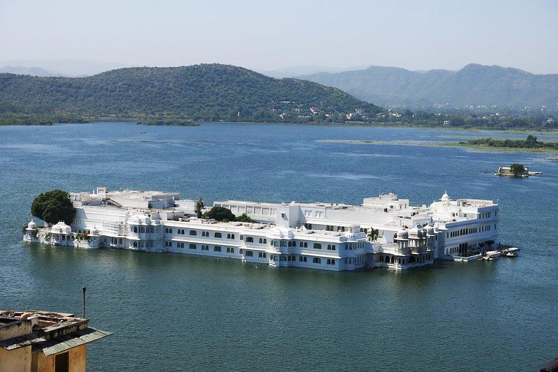 Lake Pichola Udaipur Rajasthan