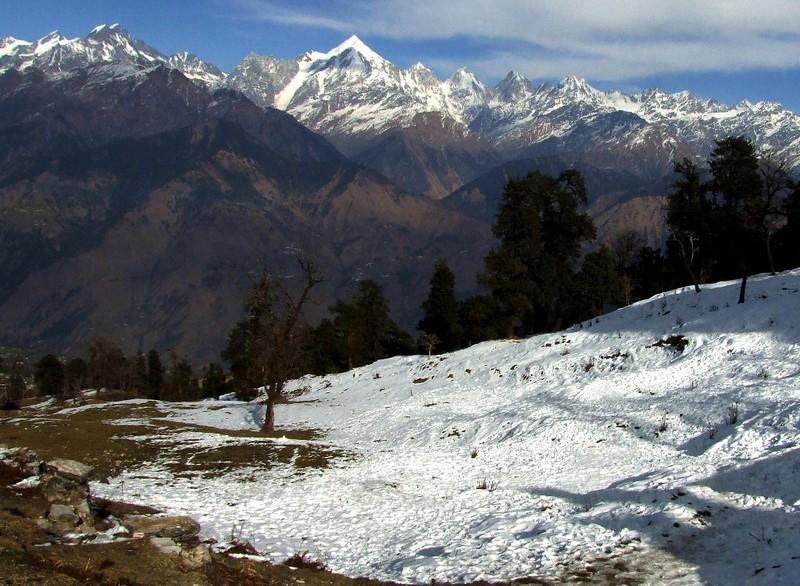 Snow Covered Hill Trekking Munsiyari